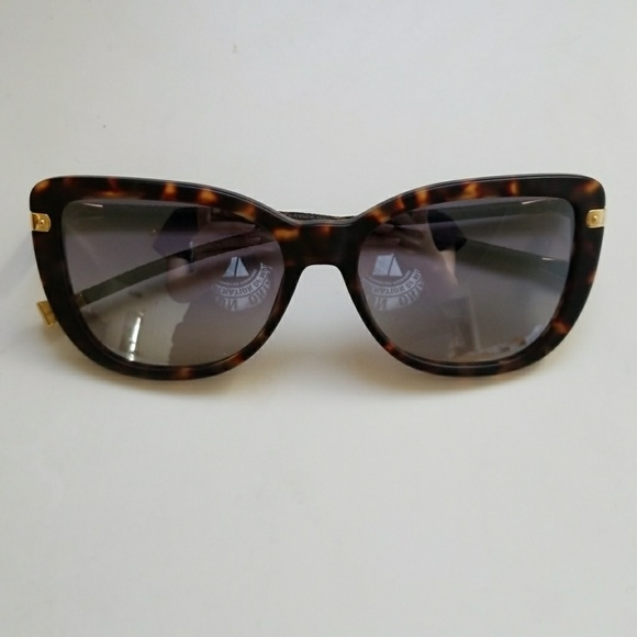 53fb539bec7 Louis Vuitton Accessories - Louis Vuitton Sunglasses